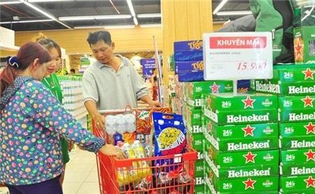 Người tiêu dùng sẵn sàng chi mạnh cho bia