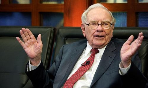 Berkshire Hathaway của tỷ phú Warren Buffett đang có kỷ lục gần 130 tỷ USD tiền mặt