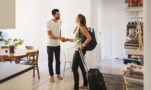 Làm thế nào để tìm nơi ở giá rẻ khi đi du lịch thế giới?