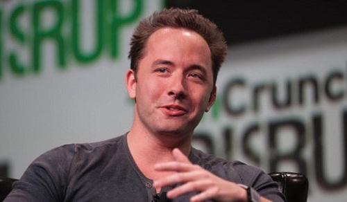 CEO Dropbox trải lòng về công việc và cuộc đối đầu với Steve Jobs