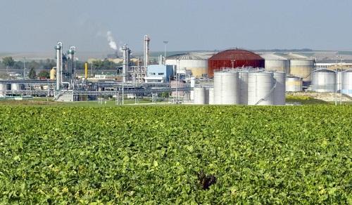 IEA gay gắt chuyện cắt giảm phát thải ngành dầu khí