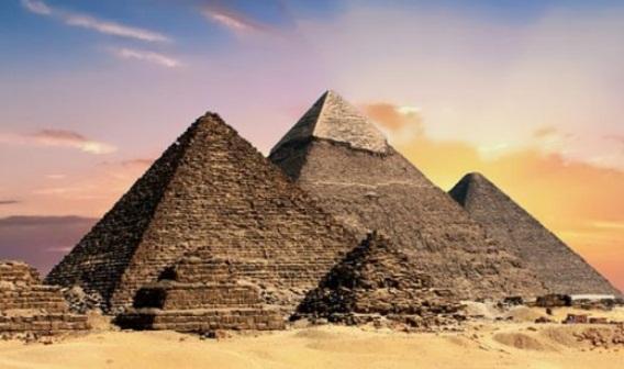 Ai Cập công bố BST cổ vật của vua Tutankhamun 5.000 hiện vật