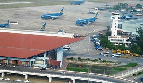 Cục Hàng không: Không tăng giá vé máy bay dù nhiên liệu ′phi mã′