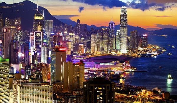 Hồng Kông còn lại gì sau khi tỷ phú huyền thoại Lý Gia Thành ra đi?