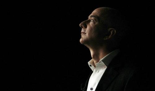 Jeff Bezos đã làm thế nào để luôn đưa ra được quyết định đúng đắn?