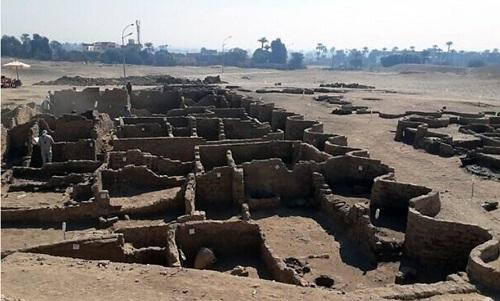 Thành phố 3.000 năm tuổi được khai quật ở Ai Cập