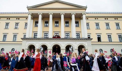 Vì sao người Na Uy hạnh phúc nhất thế giới?