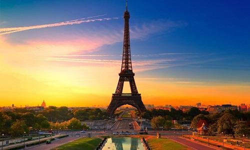 Tận hưởng sự lãng mạn mùa thu châu Âu