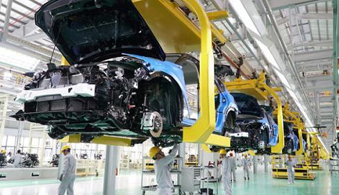 Bức tranh đối lập của ngành ôtô Việt Nam